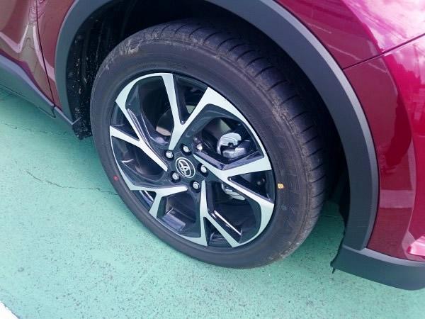 C-HRのタイヤ画像