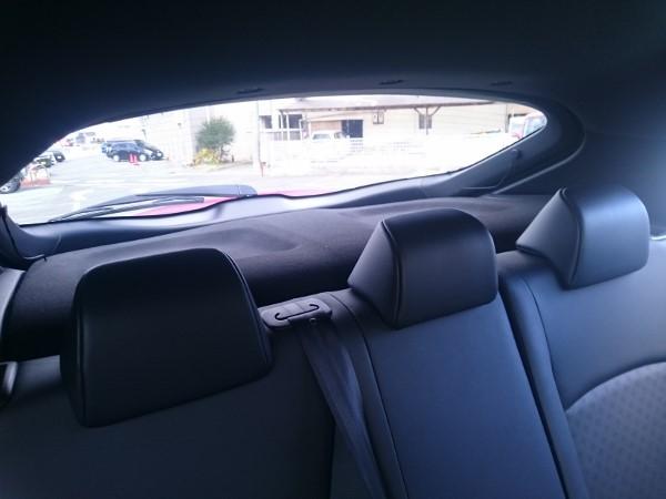 C-HRの後方窓