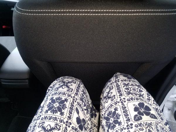 SX4Sクロスの後部座席