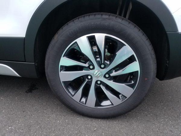 SX4Sクロスのタイヤ画像