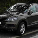 VW「トゥアレグ」黒の全体画像